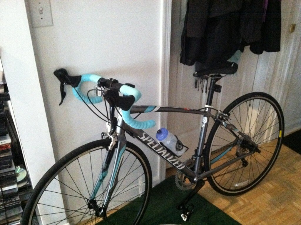 There she is, my pretty bike! (In case you need a visual.)
