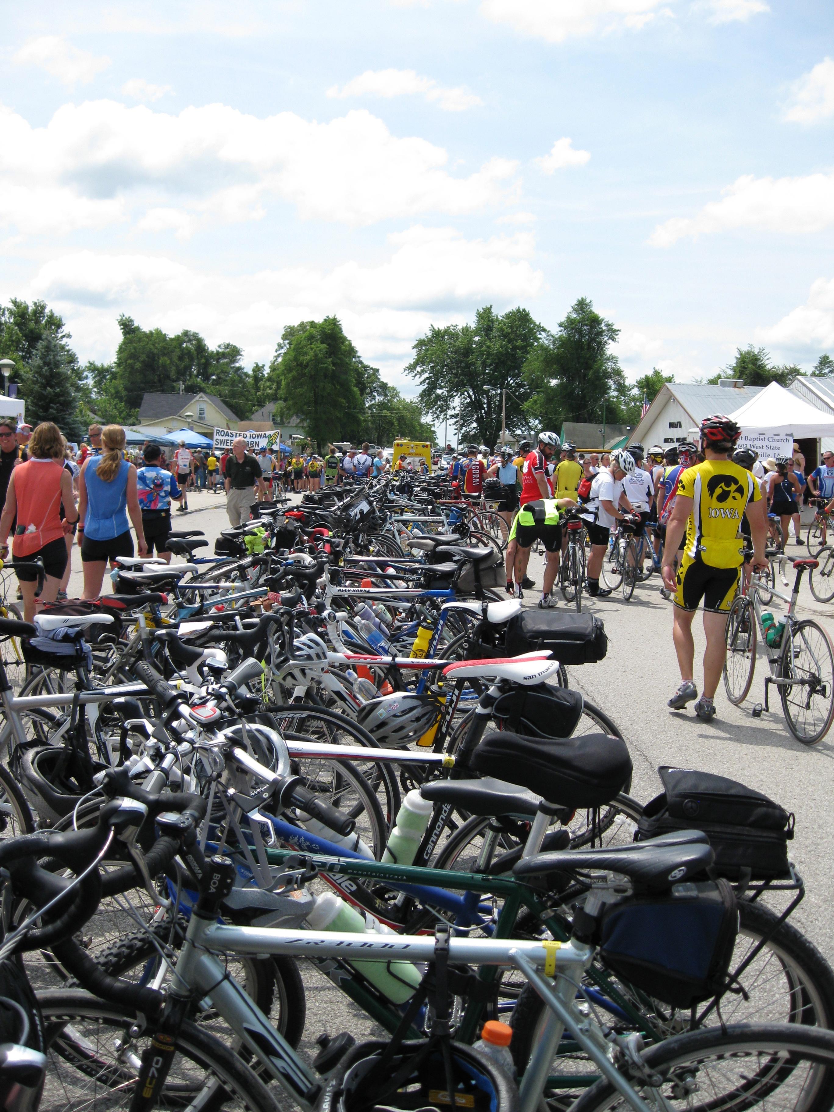 Hundreds of bikes on the bike racks!